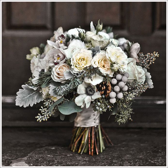 http://centre-flower.ru/img/cms/Prochee/winter-wedding-flowers-3.jpg