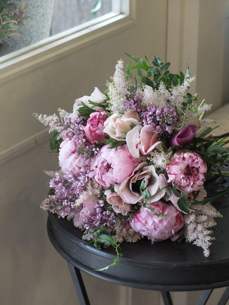 Гортензия с какими цветами сочетается в букете