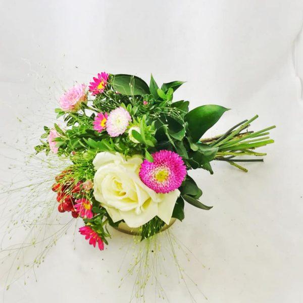 минибукет с розой для первоклашки