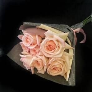 7 роз пинк о хара букет