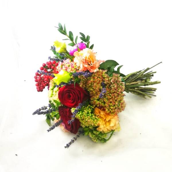 Букет с розами, эустомой и лавандой для мальчика