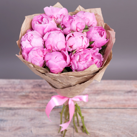 букет из 11 пионов розовых