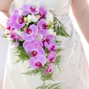 Букет невесты из орхидеи фаленопсис