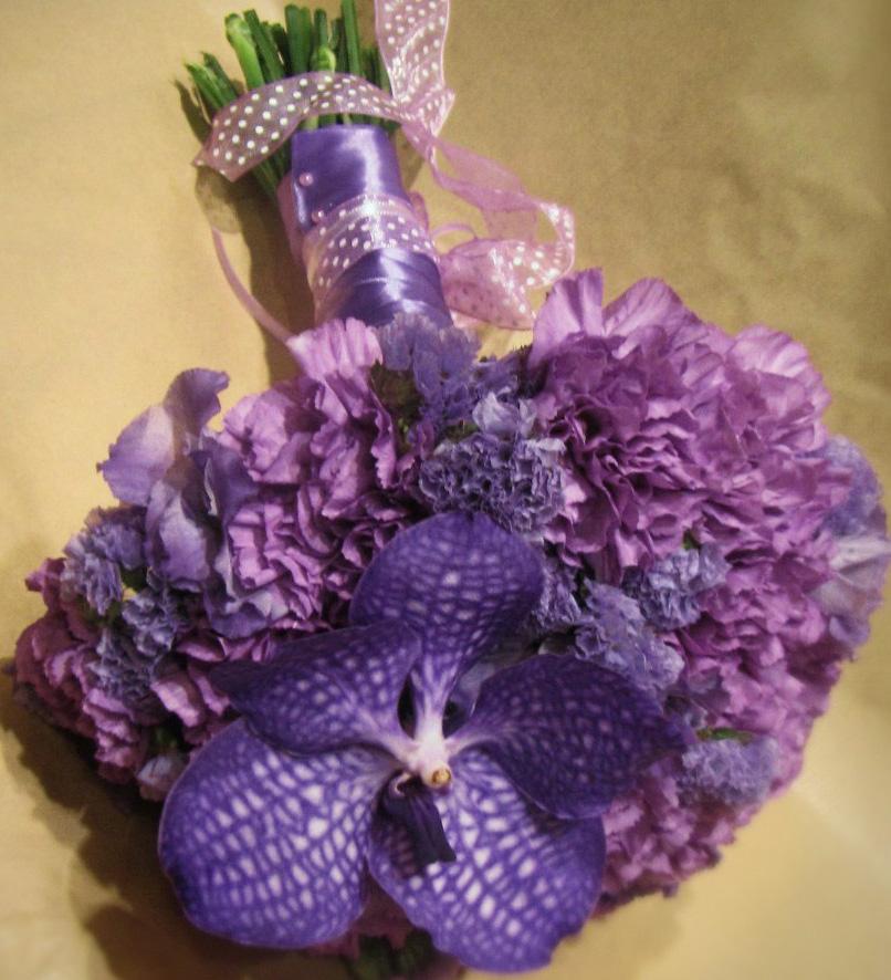 Миниатюрный букет из орхидеи ванды