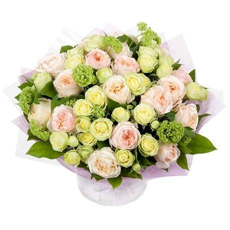 Большой букет из роз Анджи романтика