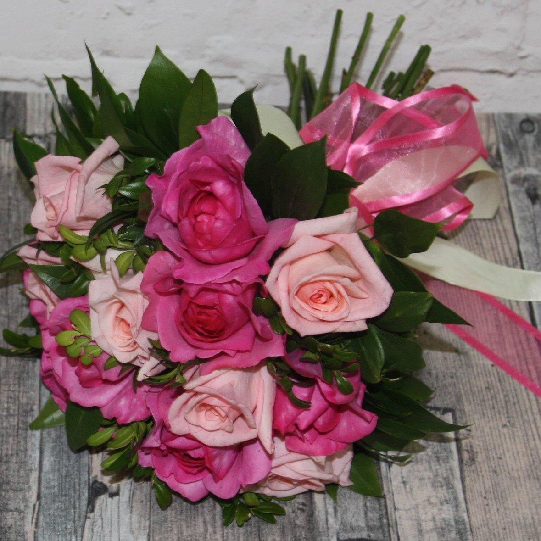 Розы Ив Пьяже и Пинк О'хара