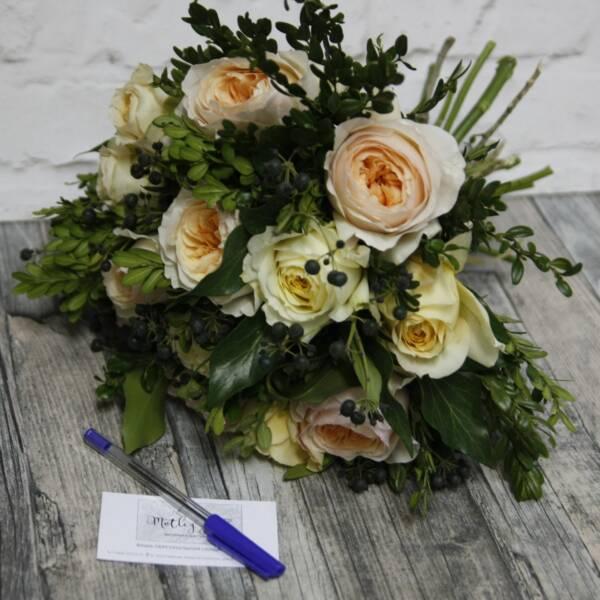 Букет с розами Джулиет и Карамель Антик