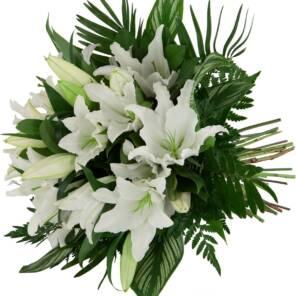 Семь белых лилий