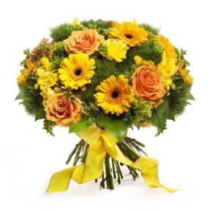 Желтые гермини и оранжевые розы