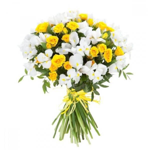Белые ирисы и желтые розы