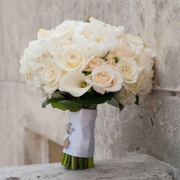 Цветов свадьбу букет невесты из мини калл одинцово