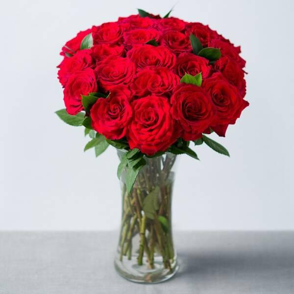23 бархатные розы 60 см