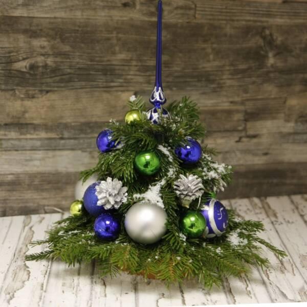 Елка из лапника с украшением 25 см синяя