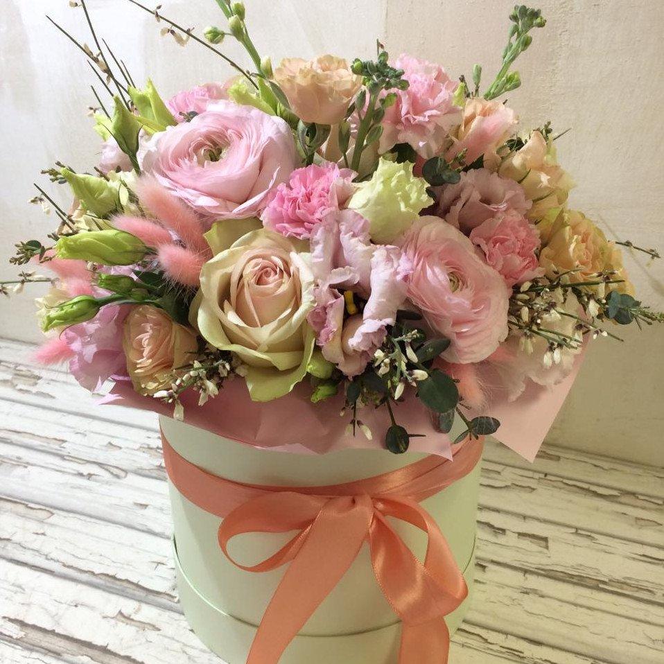цветы в шляпной коробке - средняя розовая